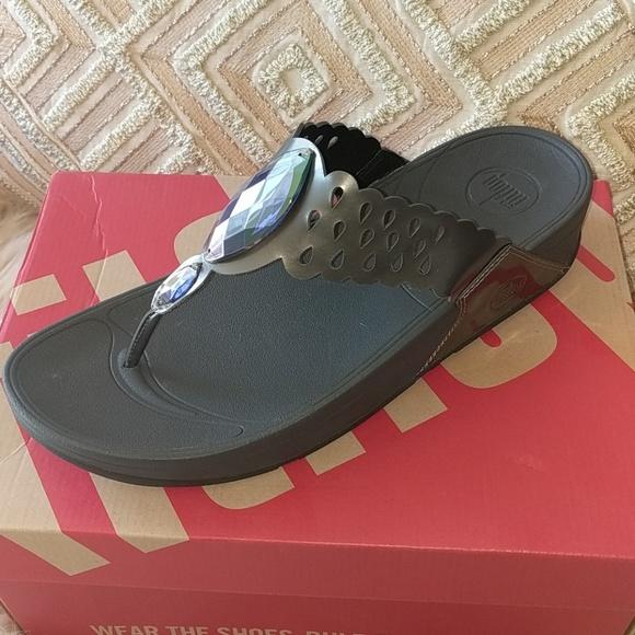 4592aed250569 New Fitflop Bijoo Pewter Sandals Sz 10